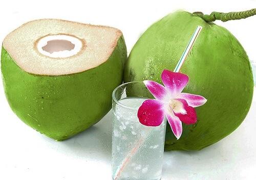 Tiểu đường thai kỳ có được uống nước dừa không