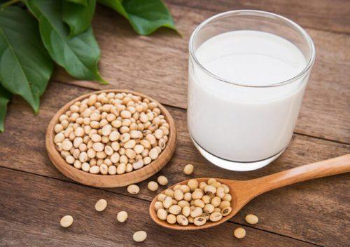 uống sữa giúp phòng bệnh tiểu đường